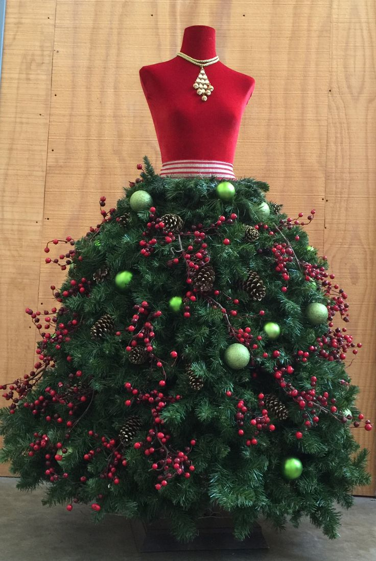 17 best ideas about christmas tree dress on pinterest for Ideas for dressing a christmas tree