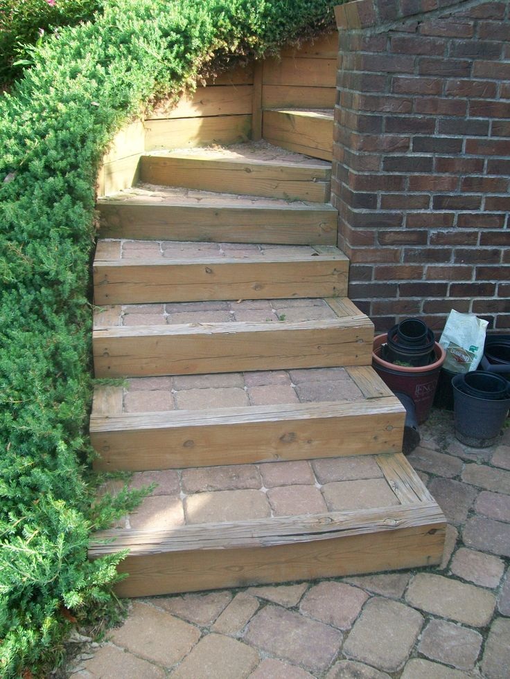 Best Paver Steps With Wood Trim Photo By Pierce Landscape Designs Outdoor Walkway Wood Steps 400 x 300