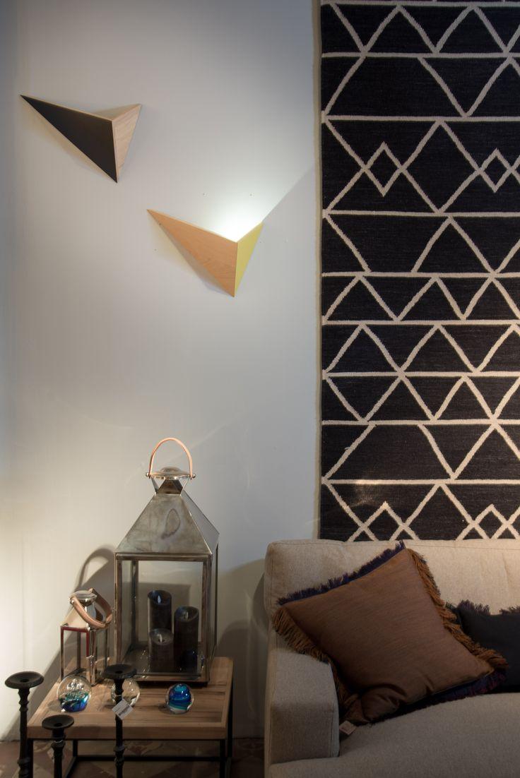 les 25 meilleures id es de la cat gorie luminaire mural sur pinterest applique murales. Black Bedroom Furniture Sets. Home Design Ideas