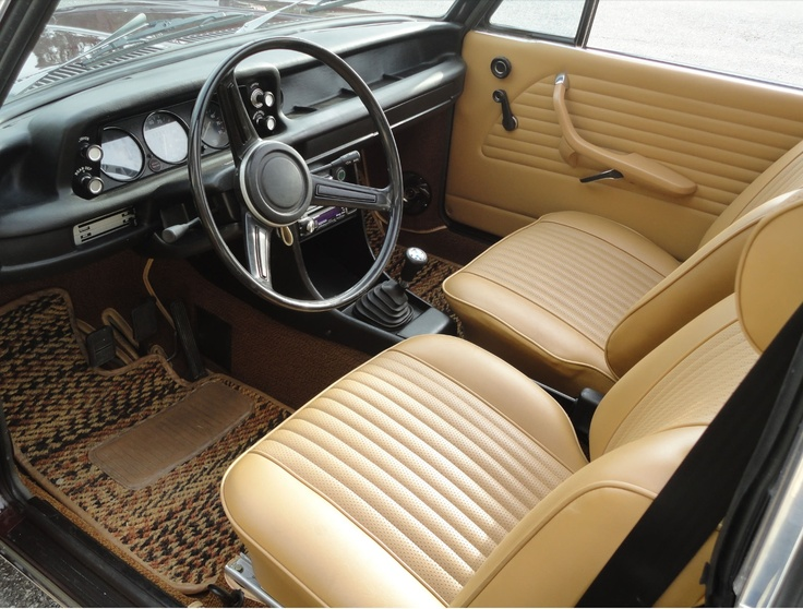 bmw 2002tii interior bmw 2002 pinterest bmw interiors and bmw 2002. Black Bedroom Furniture Sets. Home Design Ideas