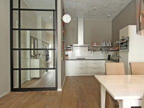 stalen deur keuken
