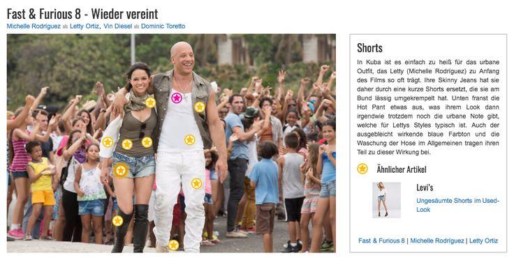 In Kuba ist es einfach zu heiß für das urbane Outfit, das Letty (Michelle Rodríguez) zu Anfang des Films so oft trägt. Ihre Skinny Jeans hat sie daher durch eine kurze Shorts ersetzt, die sie am Bund lässig umgekrempelt hat. Unten franst die Hot Pant etwas aus, was ihrem Look dann irgendwie trotzdem noch die urbane Note gibt, welche für Lettys Styles typisch ist. Auch der ausgebleicht wirkende blaue Farbton und die Waschung der Hose im Allgemeinen tragen ihren Teil zu dieser Wirkung bei.