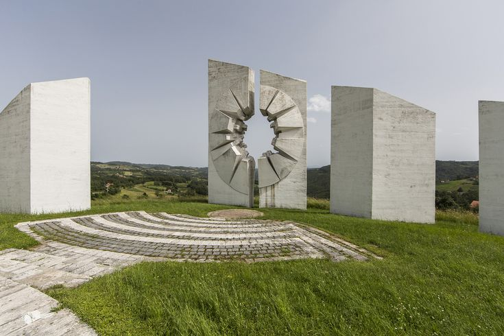 Gallery of Jonk's Photographs Depict the Abandonment and Beauty of Yugoslavian Monuments - 13