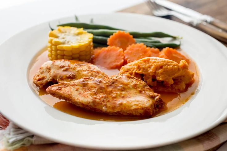 skinnymixer's All-in-one Chicken Dinner  Author: Skinnymixer's Type: Dinner Serves: 4-6 Ingredients Seasoning Ingredients 1 garlic clove, peeled 20 g oil of choice 1 tbsp sweet/mild paprika 1 tsp onion powder ½ tsp salt pinch of pepper and cayenne Mash Ingredients 600 g sweet potato, peeled, cut into small cubes 30 g butter (optional) 30...Read More »