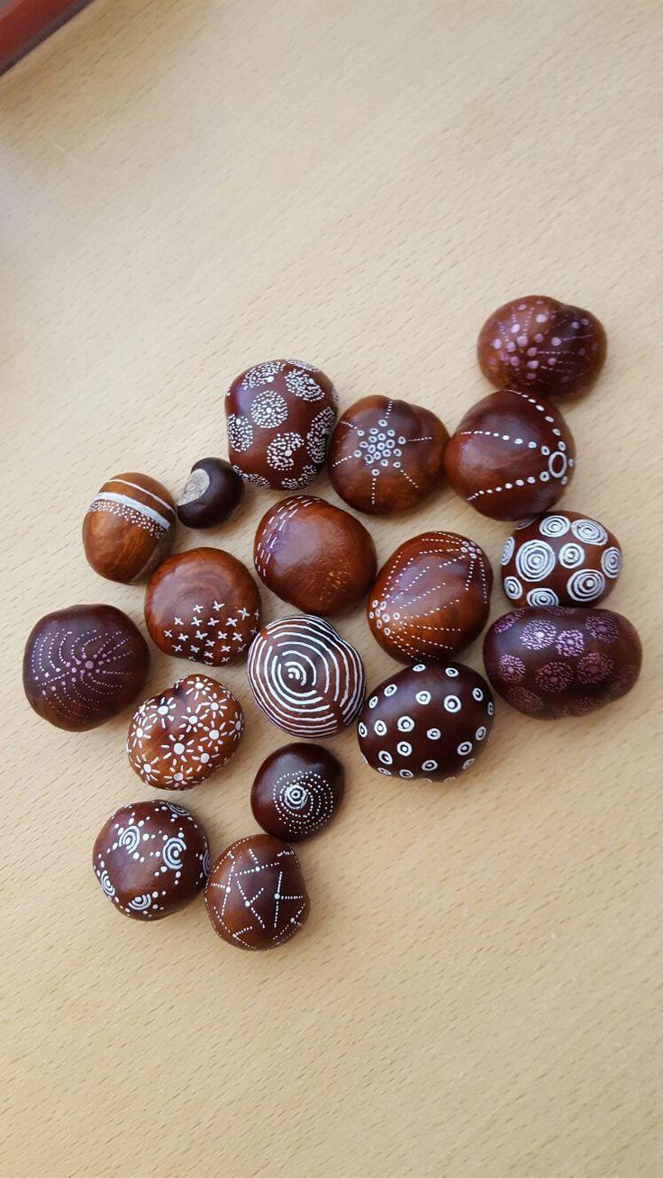 Chestnuts*autumn*. Kastanien bemalen