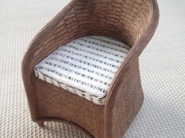 1:12 Wicker Chair Miniature Dollhouse 3d printed paint and add cushion...