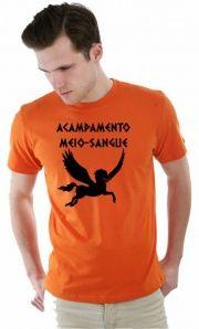 Confira as nossas camisetas do Acampamento Meio Sangue em nosso site: http://camisetailustrada.com.br/blog/camiseta-acampamento-meio-sangue/