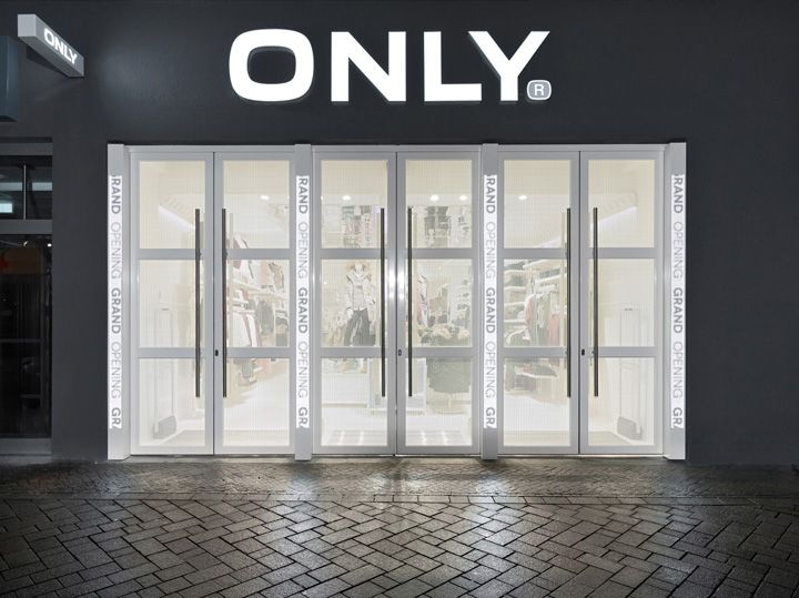 Only Store By Riis Retail Oldenburg Germany Store Design