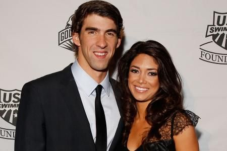 I can hear the bells! Michael Phelps, girlfriend Nicole Johnson are engaged!