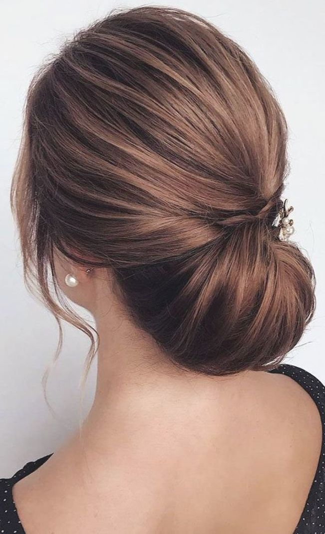 These 100 Prettiest Wedding Hairstyles Perfect For Both Wedding Ceremony And Reception In 2020 Updos For Medium Length Hair Hair Styles Medium Length Hair Styles