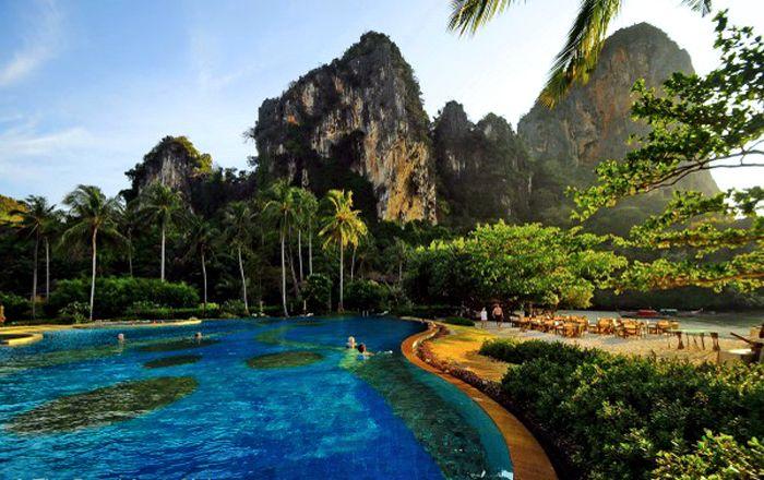 Rayavadee Resort A luxury 5-star resort in the spectacular Krabi - Thailand