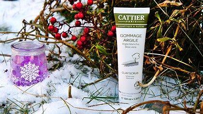 Surpriza anului. Exfoliantul bio cu argilă albă și aloe de la Cattier