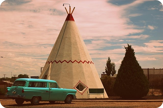 Route 66 Wigwam Hotel (road trip anyone?)