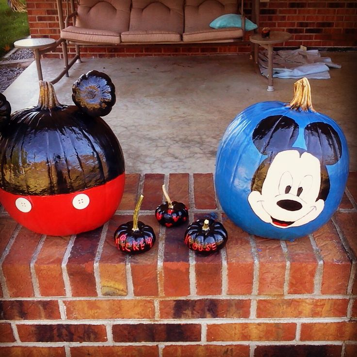 Mickey mouse painted pumpkins pinterest cakes things for How to paint a mickey mouse pumpkin