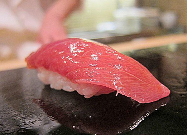chu-toro :: Sukiyabashi Jiro, Tokyo. Sushi at Jiro's.