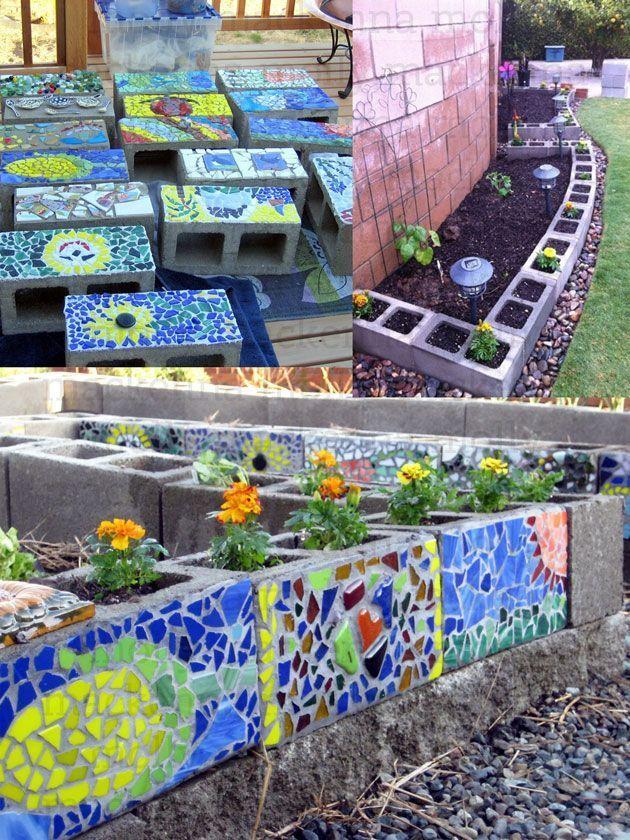 Resultado De Imagen Para Mosaic Stand Cinder Block Cinder Block Garden Mosaic Garden Garden Art