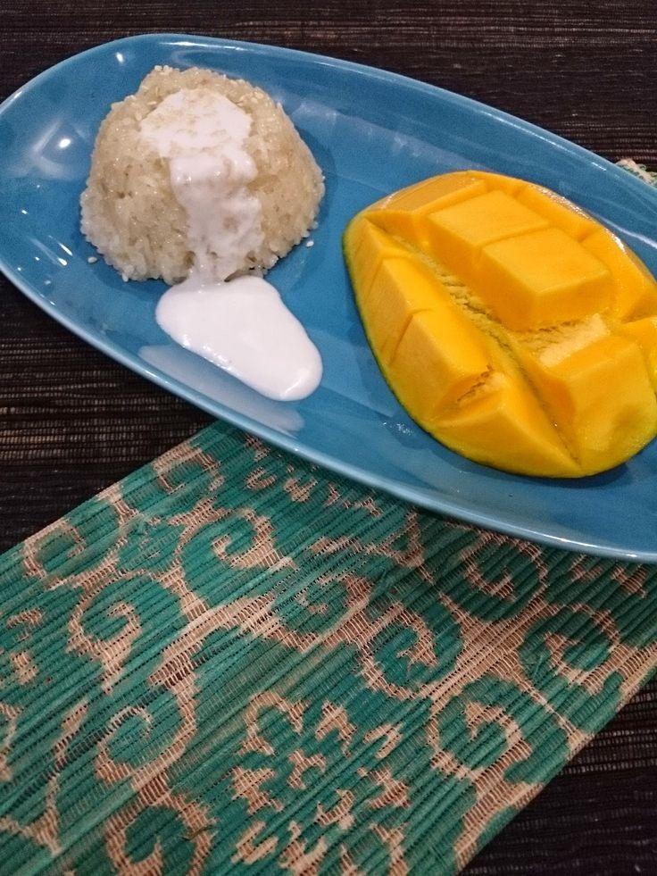 Rumah Makan DJOWO KLATEN: KHAO NIAO MAMUANG (STICKY RICE WITH MANGO)