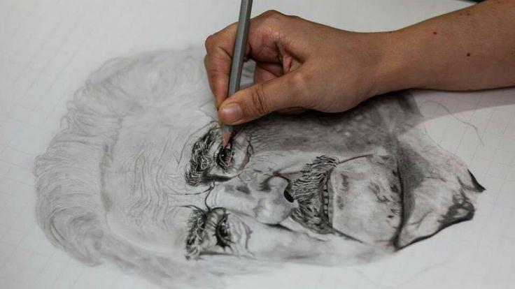 Dibujando a Mujica