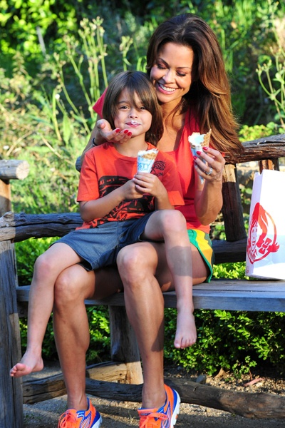 La Bella Brooke Burke Charvet And Only Son Shaya From