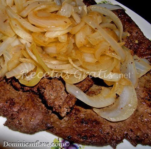 Receta bistec de higado de res encebollado