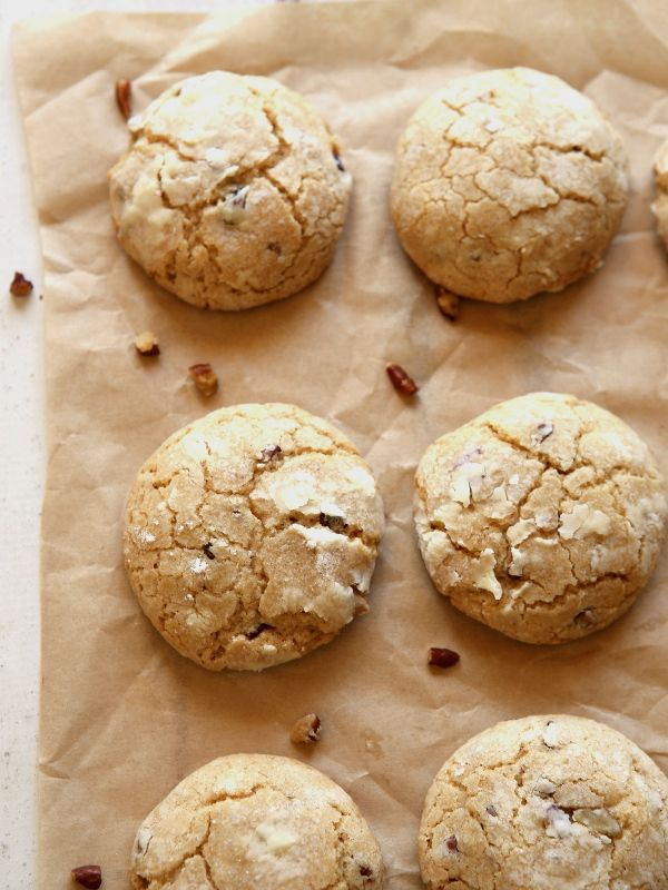 Brown Butter Cinnamon Crinkle Cookies with Pecans | completelydelicious.com