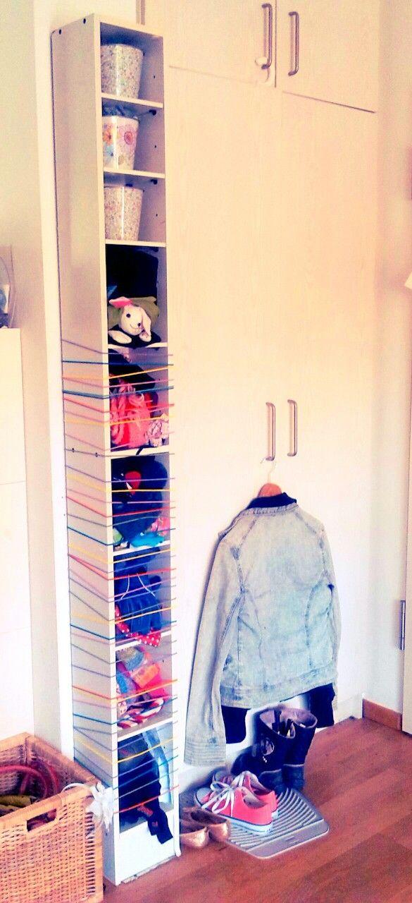 Der Bastelblog: IKEA CD-Regal wird zur Kinderkramgarderobe