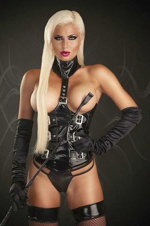 B bdsm d dom domme fem leather