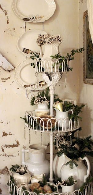 ♥ this tiered French wire basket