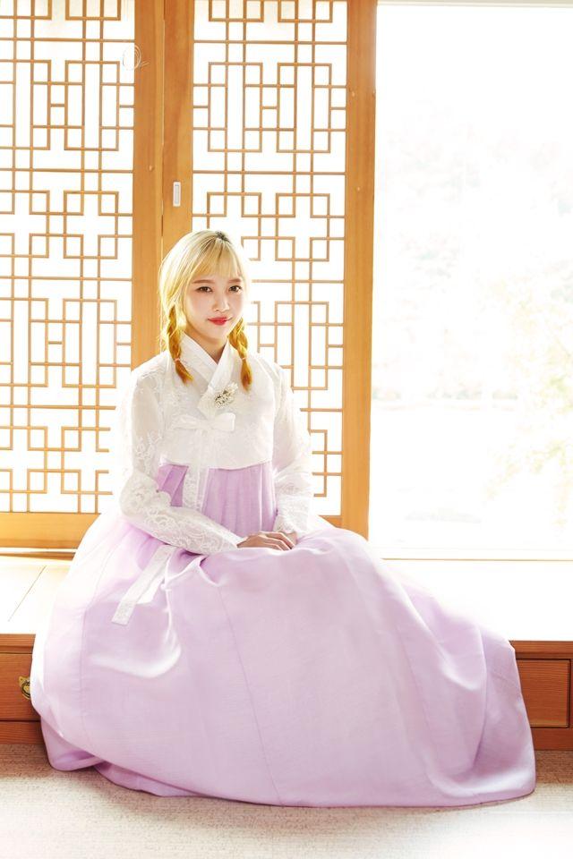 [Vyrl] RedVelvet : Happy Chuseok with Red Velvet – Part 2 (옆으로 넘기면서 봐주세요…