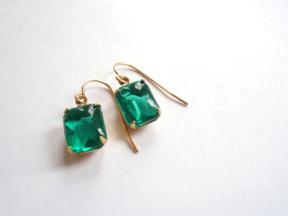 Emerald birthstone earrings Green earrings Emerald earrings Square earrings Vintage earrings Green glass earrings 14K gold fill earrings Gift Brilliant emerald green square glass vintage pendant earrings. These are truly remarkable vintage cut glass pendants set in a pronged closed-back setting (10mm x 8mm excluding loop). They grab the light perfectly. (Photo shown is open-back.) The same size earring is shown worn for proportion in 80s pink. Hung from high quality 14K gold fill ear…