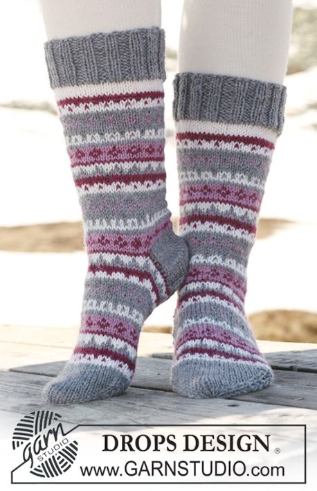 "Knitted DROPS Socks with pattern in ""Karisma ~ DROPS Design"
