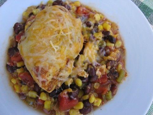 Skinny Southwestern Slow Cooker Chicken | Weight Watchers Recipes #WeightWatchers #CrockPot