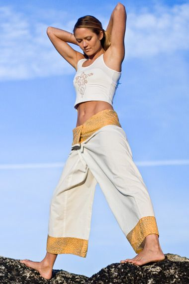 1000+ images about Yoga Gear for Everyone on Pinterest | Martial Thai style and Cotton shorts