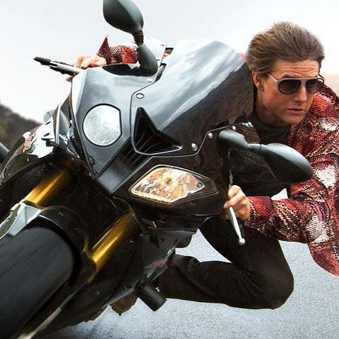 """Very Important People choose the brands which FINAEST.COM selects for its online catalogue. Look at the famous actor Tom Cruise wearing a pair of L.G.R. Comoros sunglasses during a motorbike chase in """"Mission: Impossible - Rogue Nation"""". Discover the unisex world of @lgrworld sunglasses on FINAEST.COM at http://finaest.com/designers/l-g-r #finaest #world #worldwide #worldwideshipping #shop #shopping #shoppingonline #onlineshop #sunglasses #lgrworld #lgrsunglasses #timeless #luxury…"""