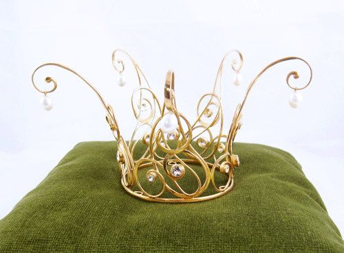 Castens - Golden Fairytale Princess Crown of gold covered silver, white topaz and pearls