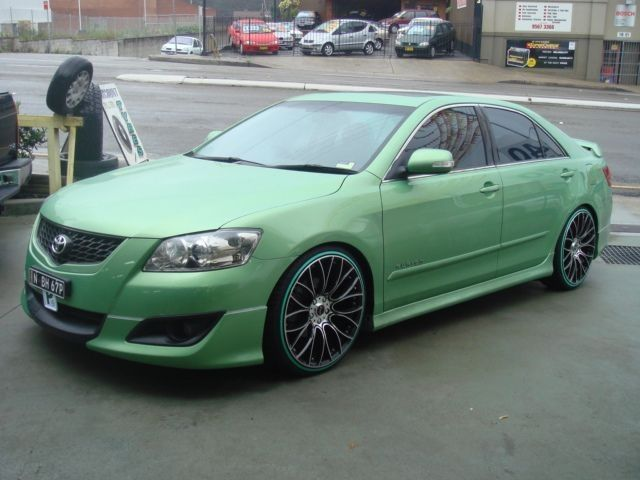 Light Green Toyota Aurion Sportivo ZR6