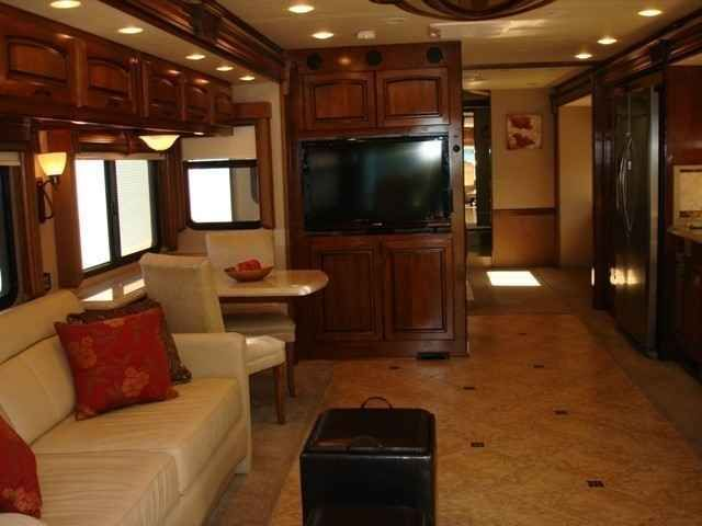 2011 Used Monaco Camelot 43DFT Class A in Washington WA.Recreational Vehicle, rv, 43' - Show coach 2010 FMCA show, 60,000 mile 6 year warranty included, 425 hp Cummins, Allison 6-speed transmission, 2800 pure sine wave inverter w/auto-genstart, auto air leveling, multi- plex lighting, macerator waste system, 10kW generator, 3M film front mask, 32,000 one owner original miles, 3 slides, stacked washer/dryer, sleep number king air mattress with remote, g lazed cherry wood…