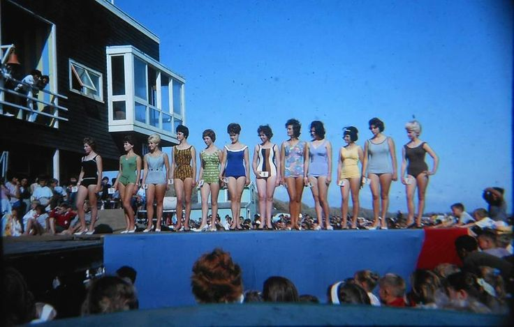 The annual beauty contest at Castlecliff beach drew huge crowds. This one in 1964 when we had Australian surf LSC's here competing against our NZ clubs, I was a member and remember great times growing up.
