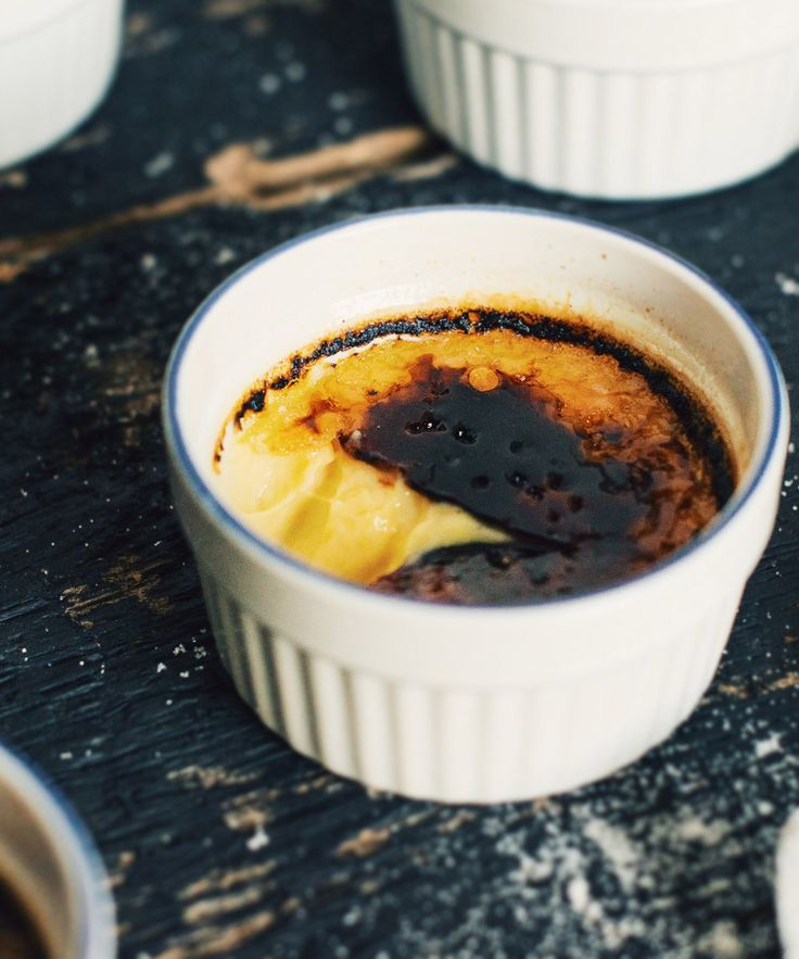 Crème brûlée à l'Éphémère aux cerises