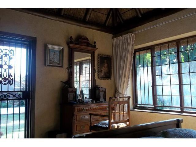 4 bedroom House for sale in Waterkloof   Century21