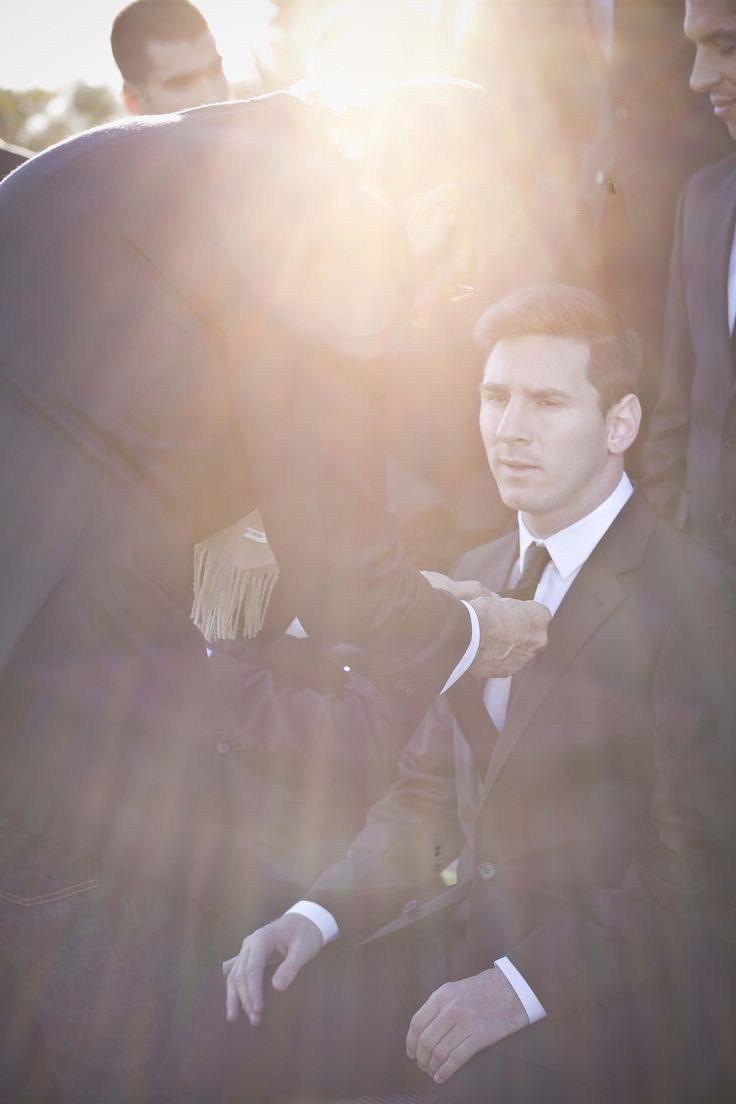 Helping Leo Messi and Argentina´s national team get ready their Etiqueta Negra´s suits, before hopping on the plane in order to get to Brasil World Cup 2014.