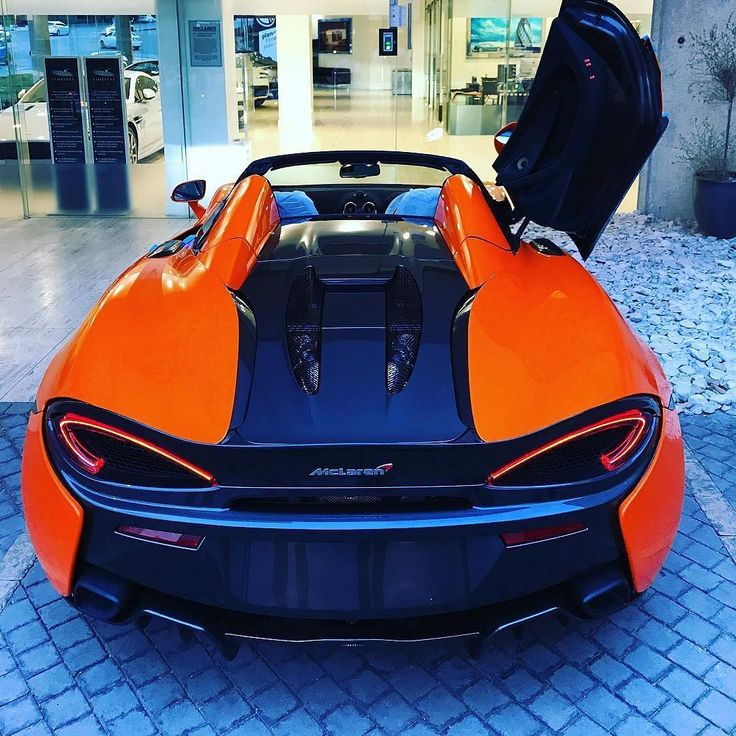 The very first McLaren 570S Spider has finally arrived in South Africa looking striking in orange   Photo via @daytona_ceo