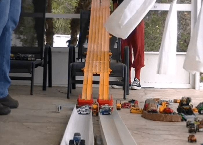 Get ready for an epic 32 truck Hot Wheels drag racing tournament!