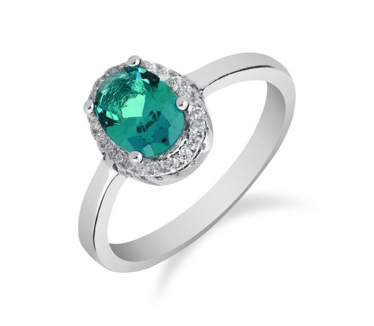 Elegantní stříbrný prsten s oválným chrysolitem a zirkony