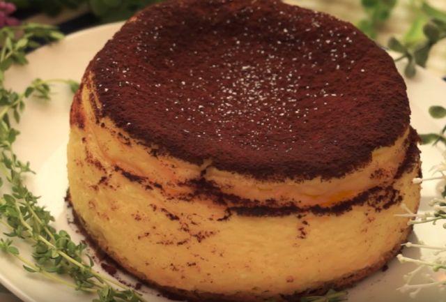 ふわっと食感がたまらないベイクドチーズケーキティラミスの作り方