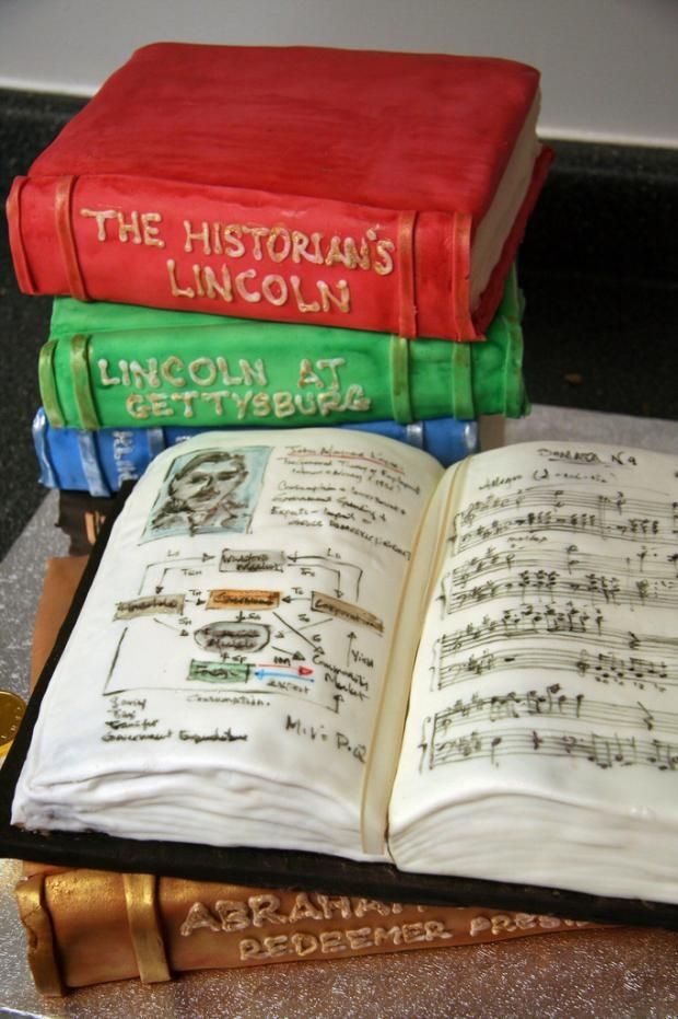 11 Cakes Shaped Like Books | Mental Floss