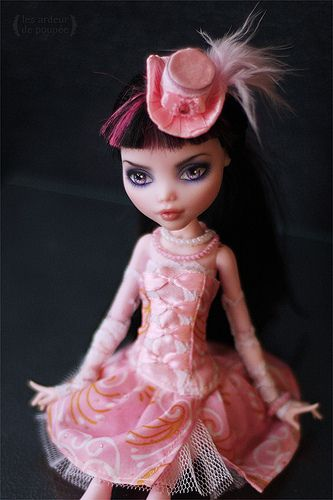 "Outfit ""Pink happens"" for Monster High"