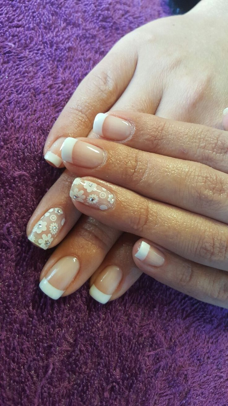 Pretty french nails