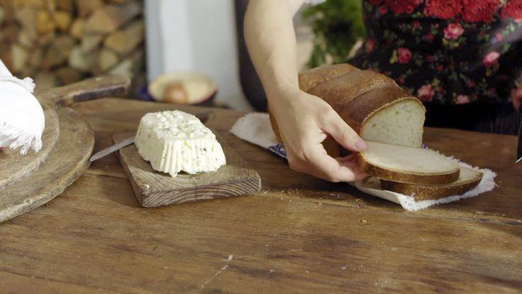 Toastový chléb bez hnětení — Recepty — Herbář — Česká televize