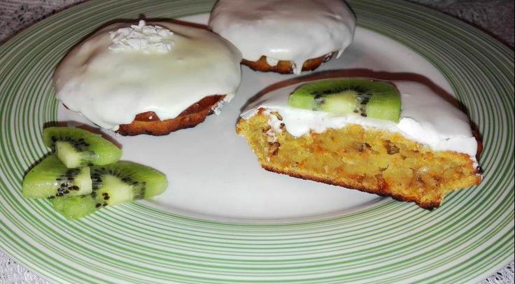 Морковно-яблочные кексы с грецким орехом